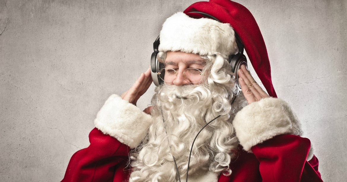 Festive Radio + The Best Christmas Songs playlist by Chris Jordan